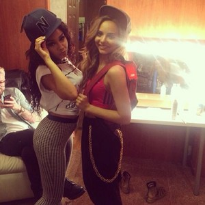 New picture of Leigh and Jade