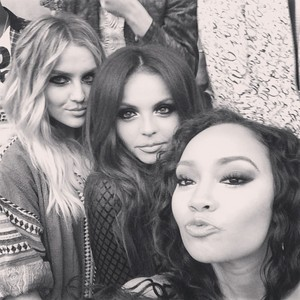 New selfie of the girls