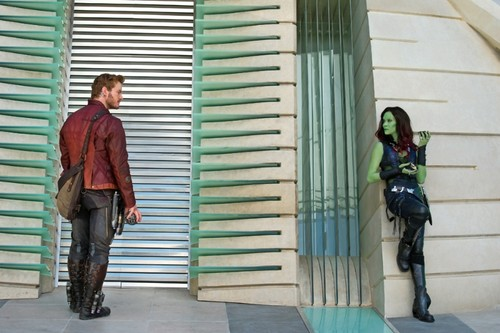 Guardians of the Galaxy 바탕화면 possibly containing a hip boot entitled Peter Quill and Gamora
