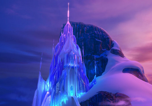 Frozen kertas dinding entitled Queen Elsa's Ice Palace/Ice istana, castle