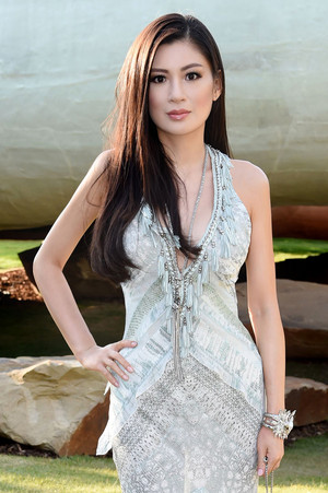 Rebecca Wang attends the 2014 Serpentine Summer Party - Londres