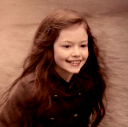 Renesmee Cullen - Twilight Saga FOREVER
