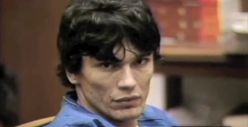 Serial Killers Hintergrund probably with a portrait entitled Richard Ramirez