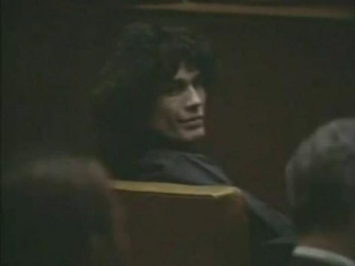 Serial Killers Hintergrund titled Richard Ramirez