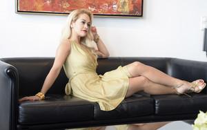 Rita Ora fairy lady