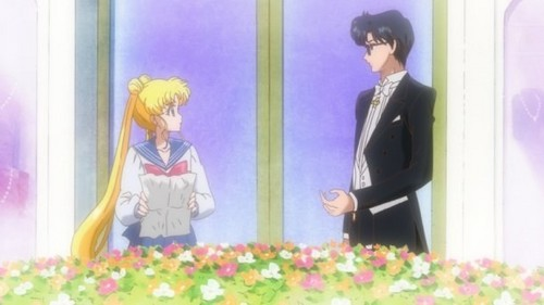 Sailor Moon karatasi la kupamba ukuta probably with a bouquet entitled Sailor Moon Crystal - New Stills