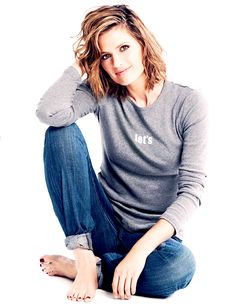 Stana Katic karatasi la kupamba ukuta with a leisure wear entitled Stana Katic
