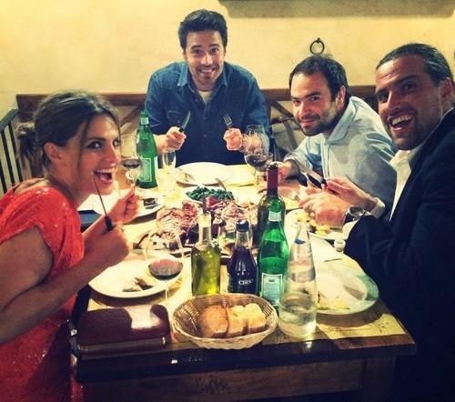 Stana Katic karatasi la kupamba ukuta containing a chajio, chakula cha jioni table, a holiday dinner, and a chajio, chakula cha jioni entitled Stana and friends(June,2014)