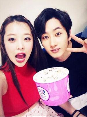 Sulli with Eunhyuk