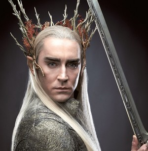 Thranduil with sword