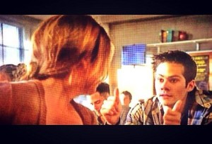 Thumbs up stalia