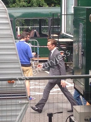 Tom on set of High Rise