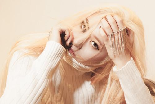 """Krystal Jung 바탕화면 called 에프엑스 """"Red Light"""" Krystal teaser"""