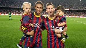ネイマール and messi wid their kids