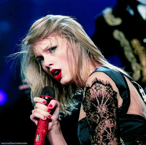 sexy Tay - Taylor Swift Photo (37257868) - Fanpop
