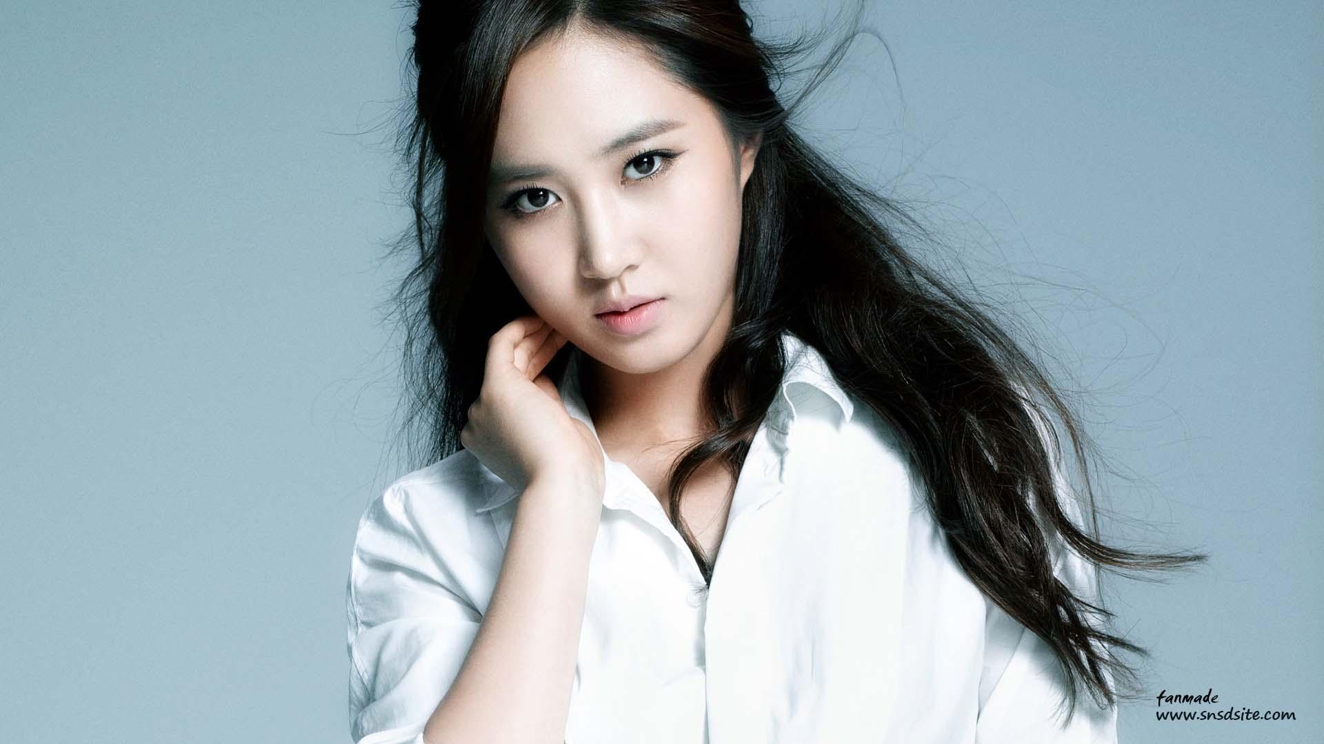 Yuri kwon snsd red shorts cum tribute 3