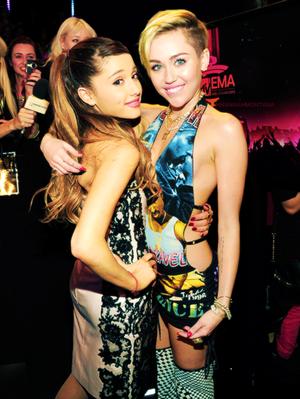 Ari and Miley < 3