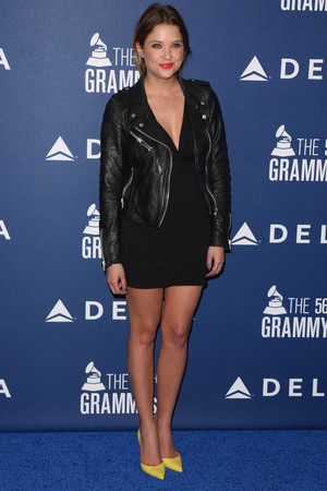 Ashley @ 2014 Grammy Delta Air Lines - January 23rd