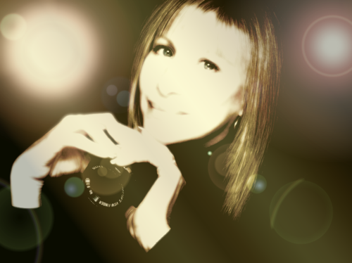 Barbra Streisand 바탕화면 probably with a portrait titled Barbra Golden Orbs