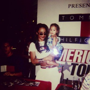 Beautiful Aaliyah and her little fan:)
