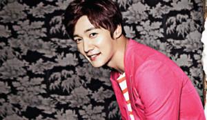 Choi Jin Hyuk for 'CéCi' August 2014 Issue