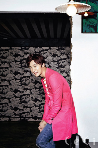 Choi Jin Hyuk वॉलपेपर probably containing a sign, an outerwear, and a सड़क, स्ट्रीट entitled Choi Jin Hyuk for 'CéCi' August 2014 Issue