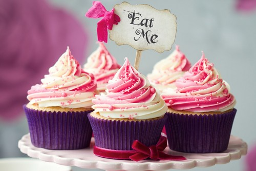 Essen Hintergrund with a cupcake titled Cupcakes