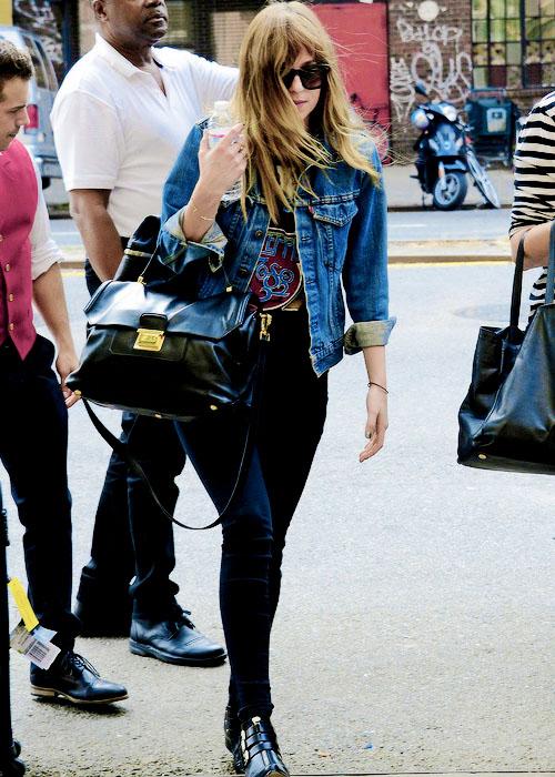 Dakota Johnson ♥ - D...