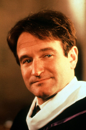 robin williams wallpaper containing a business suit called Dead poets society