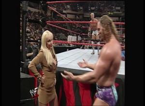 Debra - Raw is War - 04.26.99