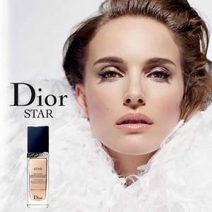 DiorSkin nyota (2014)