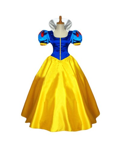 Snow White and the Seven Dwarfs wallpaper titled Disney Grimms' Fairy Tales Snow White cosplay dress