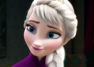 Elsa in new hairstyle
