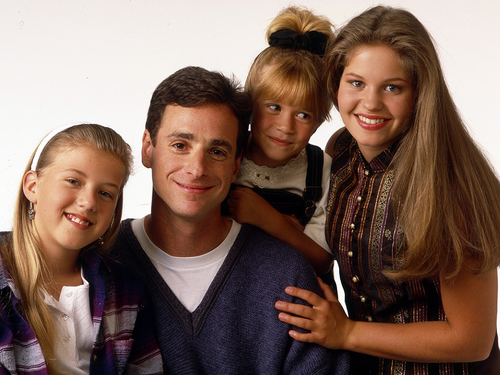 Full House wallpaper with a well dressed person and a portrait called Full House
