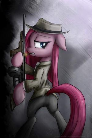 Gangster Pinkamena