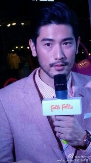Godfrey | Folli Follie event