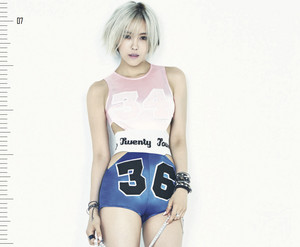 Hyomin - Make up digital booklet
