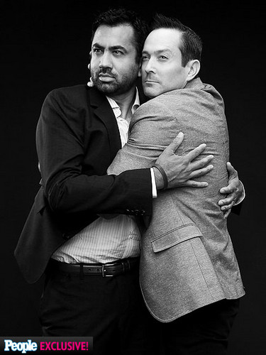 Kal Penn wallpaper with a business suit titled Kal Penn and Thomas Lennon: 2014 TCA Photoshoot