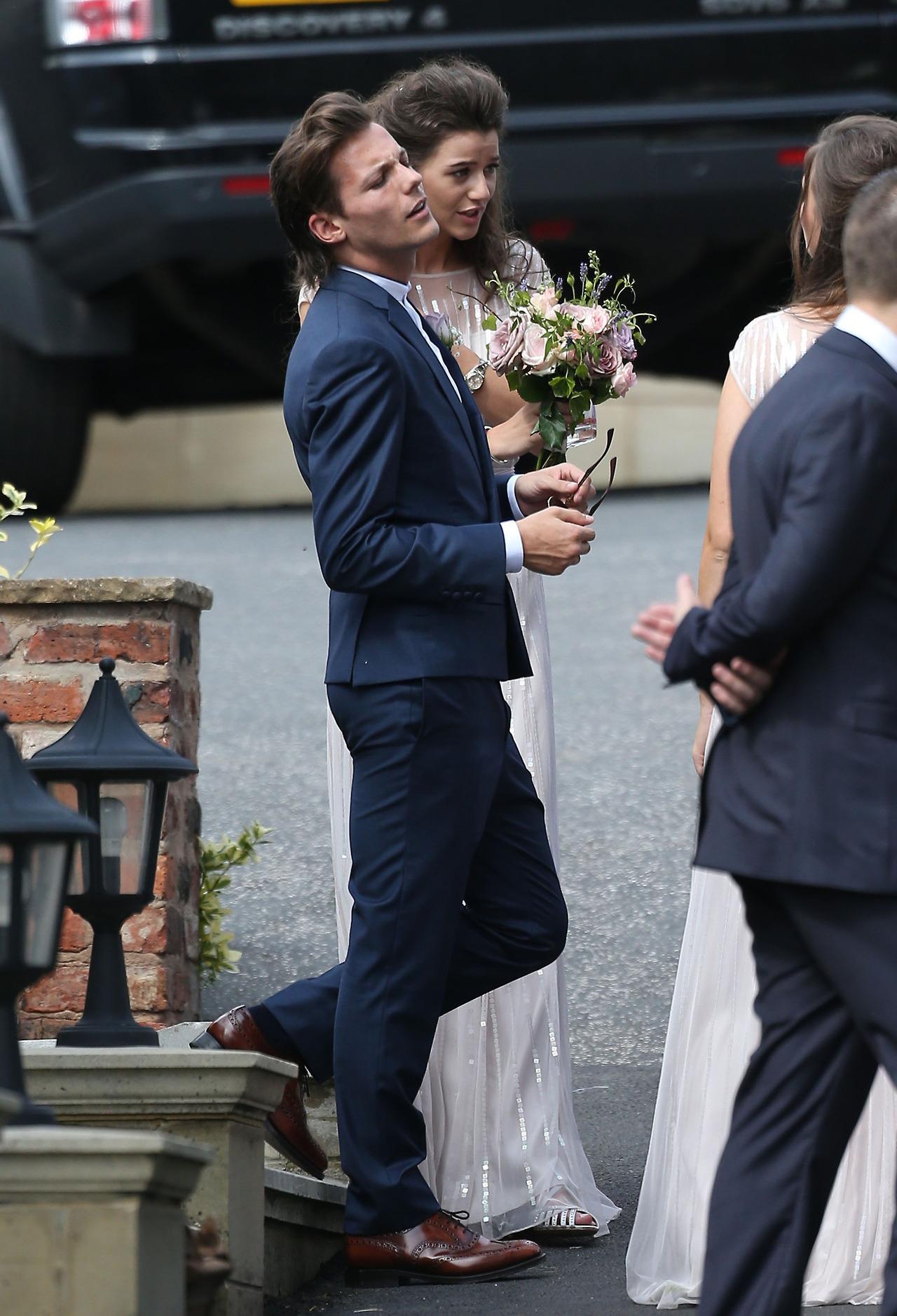 Louis and Eleanor at Johannah and Dan's wedding. 20/07/14