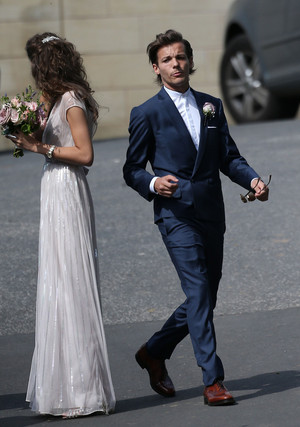 Louis and Eleanor at Johannah and Dan's wedding. 20/07/14