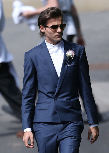 Louis Tomlinson fond d'écran with a business suit, a suit, and a dress suit titled Louis at Johannah and Dan's wedding. 20/07/14