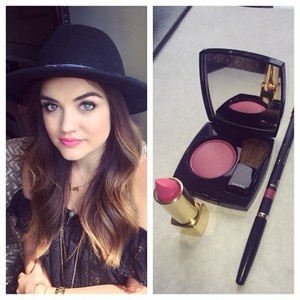 Lucy Hale фото