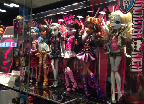 Monster High پیپر وال titled Monster High 6 Doll Original Pack