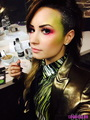 New picture of Demi posted on Lovato club