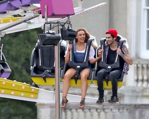 Perrie and Zayn at her funfair birthday party ❤❤