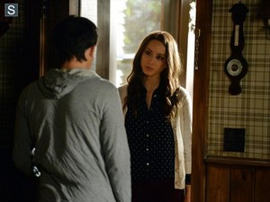 Pretty Little Liars - Episode 5.09 - March of Crimes - Promo Pics