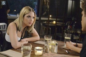 Pretty Little Liars - Episode 5.11 - No One Here Can Cinta atau Understand Me - Promo Pics