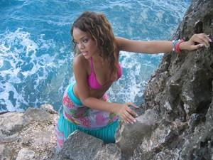 Rihanna 2005