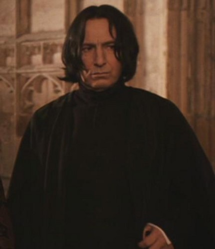 Severus Snape achtergrond probably containing a mantel and a capote entitled Severus Snape