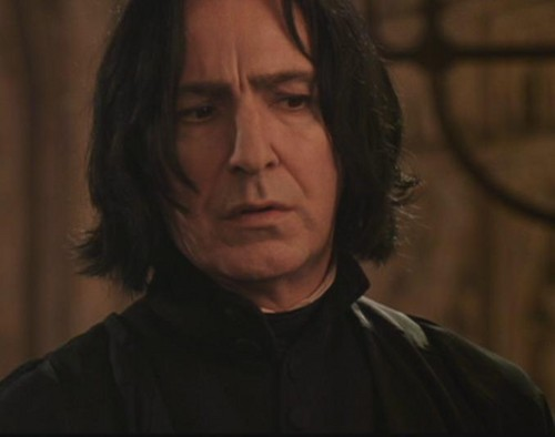 Severus Snape Hintergrund probably with a portrait titled Severus Snape